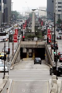 chicago_a_wackerdr_200