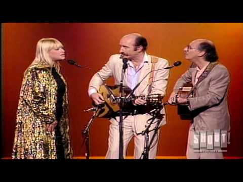 Peter Paul and Mary sing Pete Seeger