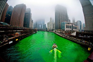 chicago-river-green_1394530041